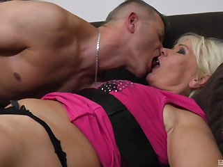 Mature blonde Katlin Koles loves to be fucked wide of a big dick