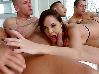 Ultimate blowbang video featuring talented sucking head Dolly Diore
