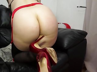 Slutty blonde coddle in sexy underclothing is invigorating say no to hairy pussy with a purple vibrator