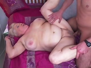 Youthful Gerontophile drills highly phat elder grandma In Her unshaved snatch sexvideo